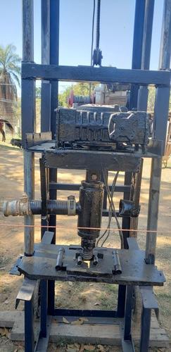 Imagem 1 de 5 de Perfuratriz Poço Semi-artesiano