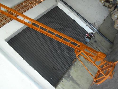 Escada Giratoria , F 350 , F 4000 , Carroceria , Ritz