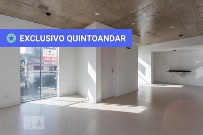 Studio No 3º Andar Com 1 Dormitório E 1 Garagem - Id: 892931354 - 231354