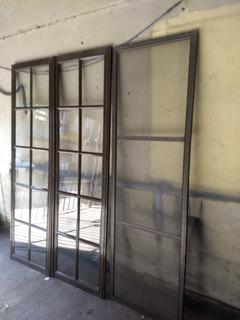 Puerta Balcón De Aluminio Marron Vidrio Repartido 1,20x2,00m