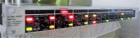 Baixei - Processador Ultra-voice Digital Behringer Vx2496