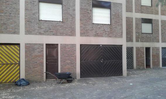 Pinamar 3 Ambientes, Cochera, Edificio Pinedo. Oportunidad!
