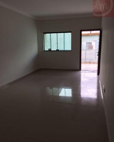 Imagem 1 de 15 de Casas - Residencial             - 245