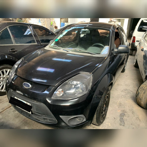 Ford Ka Chocado En  Marcha