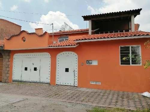 Casa En Renta En Xochimilco, Casa En Renta Colonia Ampliacion Tepepan, 3 Recamaras, 4 Baños.