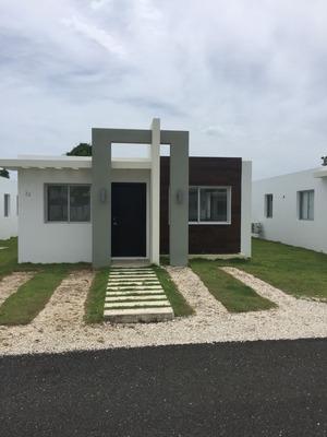Casa En Alquiler Punta Cana 3 Habitaciones