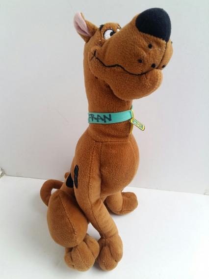 Pelúcia Scooby Doo - 32cm - Usado Escrito Na Coleira