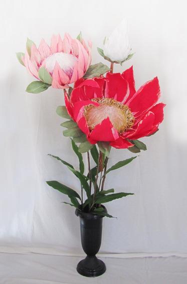 Flor Gigante De Papel Italiano - Protea - Bella! Eventos