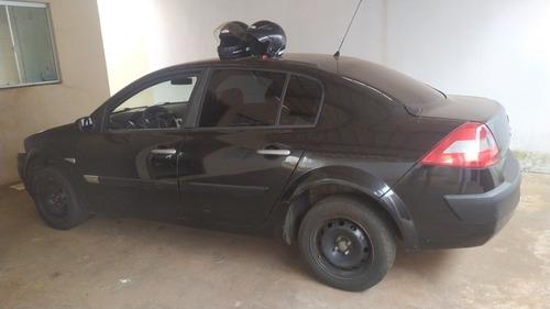 Renault Megane Sedan 2.0