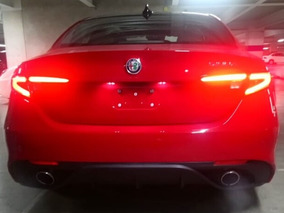 Alfa Romeo Giulia 2.0 Ti. Sin Enganche