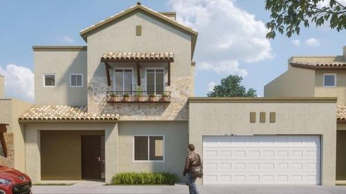 Casa En Venta. Cond. Livenza. La Vista Residencial, Queretaro. Rcv200326-cl
