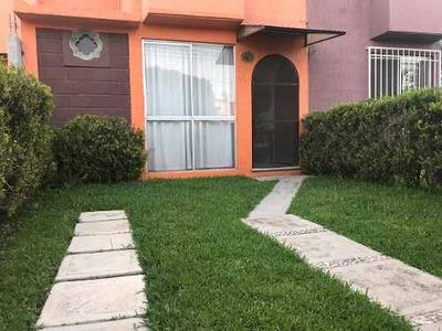 Oportunidad: Casa En Venta En Jardines De La Hacienda Ii