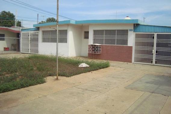 Casa Comercial La Coromoto Alquiler Mls #19-19947