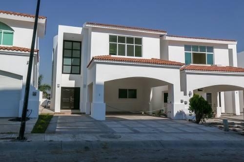 Casa En Marina Mazatlan, Seccion La Isla