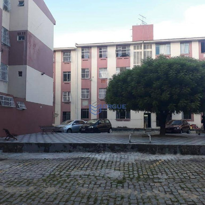 Apartamento Com 2 Dormitórios À Venda, 56 M² Por R$ 135.000 - Maraponga - Fortaleza/ce - Ap0544