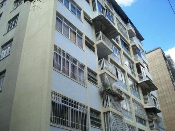 Apartamentos En Venta Mls #19-16983