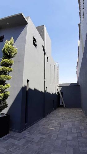 Imagen 1 de 14 de Hermosa Casa En Venta En Tlalpan