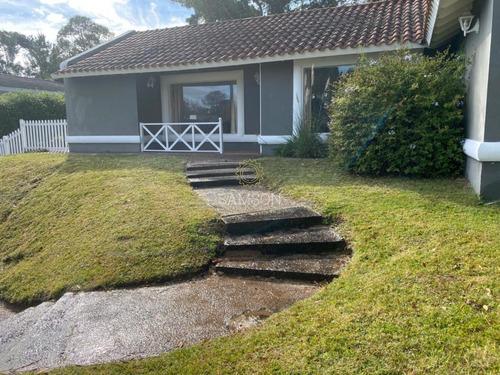 Casa En Venta Barrio  La Arbolada Punta Del Este- Ref: 64171