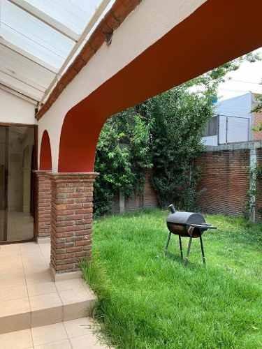 Casa En Renta 1ra Calzada San José Barbosa, San Juan Buenavista