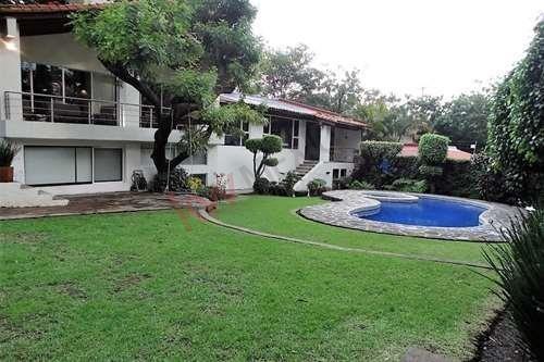 Imagen 1 de 25 de Exquisita Residencia, Cómoda, Práctica Y Súper Bien Ubicada, Al Norte De Cuernavaca, Rancho Cortes.