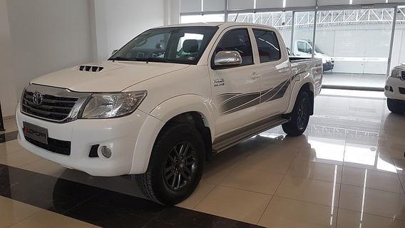Toyota Hilux 3.0 Srv Tdi 4x4 5at Cuero