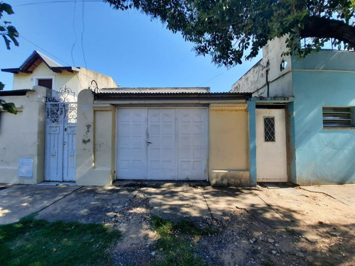 Casa De 3 Dormitorios A Reciclar - Casa Chorizo -  Barrio Belgrano