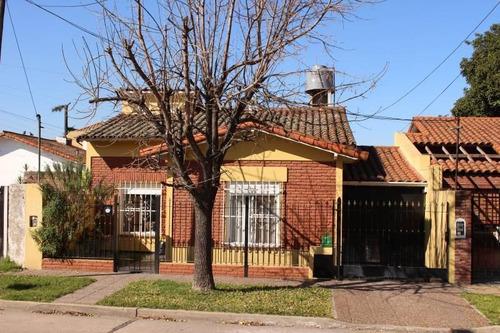 Imagen 1 de 30 de Venta Casa 4 Ambientes En Bella Vista