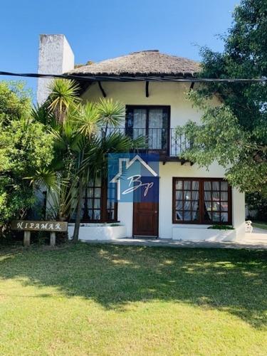 Casa En Alquiler Temporal, Pinares, Punta Del Este- Ref: 318