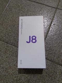 Celular Galaxy J8 Samsung