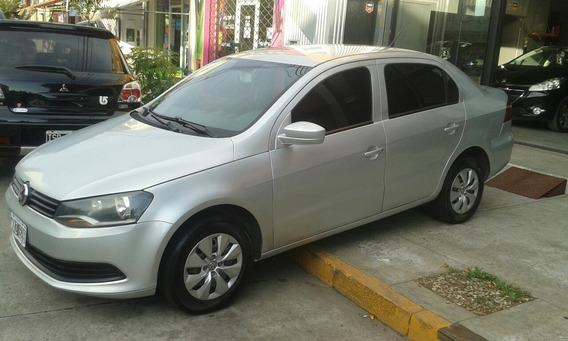 Volkswagen Voyage 1.6 Comfortline Plus 101cv 2013