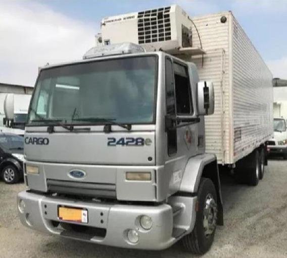 Ford Cargo 2428 - 6x2 - 2010 - Teto Baixo - Câmara Fria