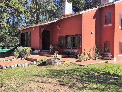 Imagen 1 de 21 de Venta De Casa En Barrio Norte Villa Gesell Con Dependencia.