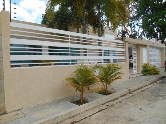 En Venta Hermosa Casa En Prebo Calle Cerrada. Planta Al 100%