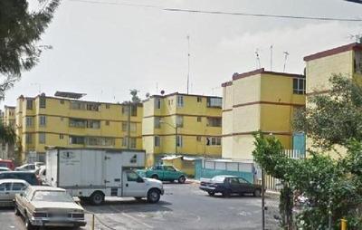 Departamento En Renta En Iztapalapa, Colonia Valle De Luces, Departamento En Renta Dos Recamaras.