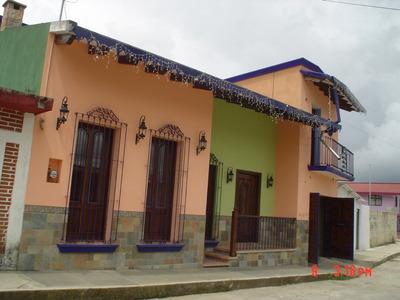 Bonita Casa Estilo Mexicano Centrica, Precio De Oportunidad