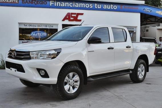 Toyota Hilux // Sr Doble Cabina // 2019