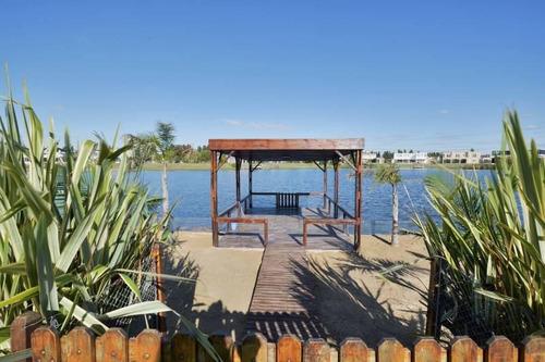 Hermosa Casa A La Laguna En San Benito - Se Acepta Financiación !!!!!