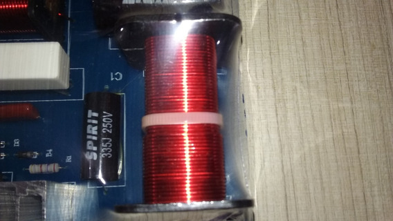 Divisor De Frequências Duas Vias 450 Watts Freq. 980-3600hz@