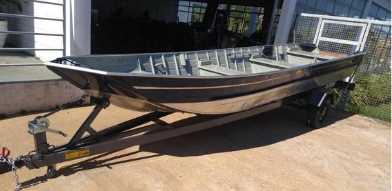 Barco Semi Chata Amazonas 600sl