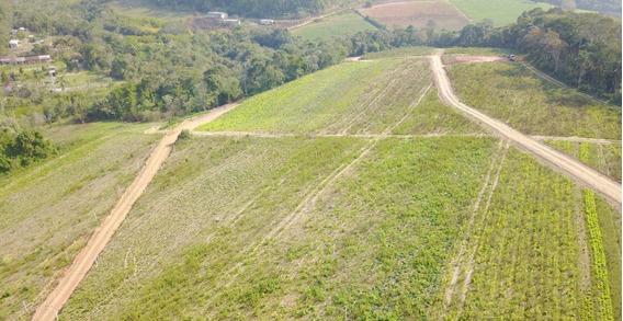 Terreno Em Ibiuna 600 M2 Com Documentação Ok 97% Plano
