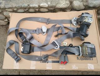 Cinturones De Seguridad Golf Bora