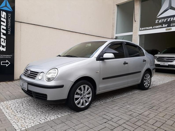 Volkswagen Polo Sedan 1.6 8v Gasolina 4p Manual
