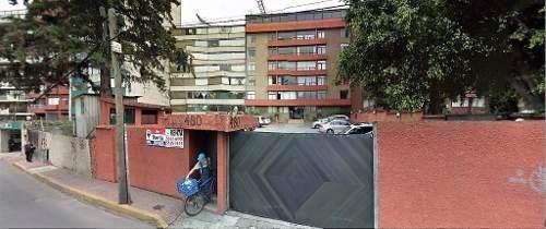 Amplio Departamento Con 2 Recámaras Con Closet Cerca De La Zona De Hospitales