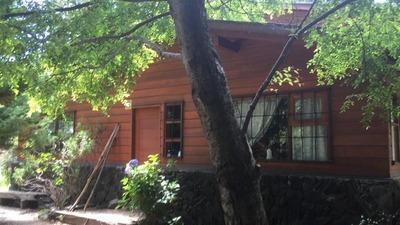 Casa En Venta De 4 Dormitorios En Pucón