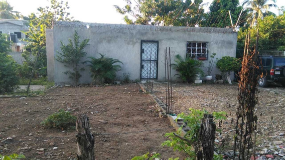Casa De 3 Habitación, 2 Baños