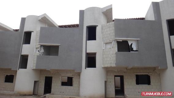 Casa En Venta En Barrio Sucre 19-17611 Jev