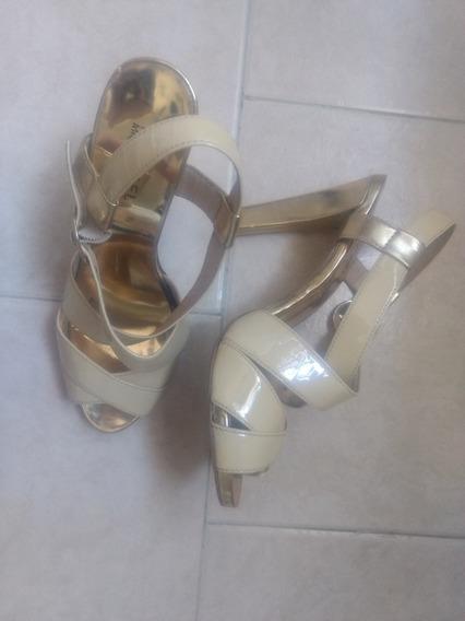 Tacones Michael Kors Usado Dorado Buen Estado Barato Zapatos