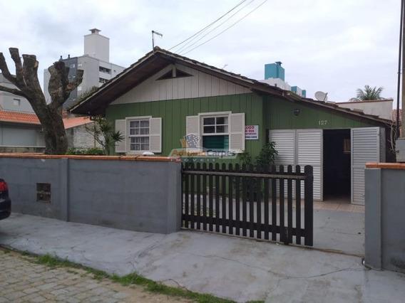 Adriano Carpes Imóveis Vende Casa Mista Com 02 Quartos Em Gravatá, Navegantes, Sc A 100 Metros Da Praia. - 1646