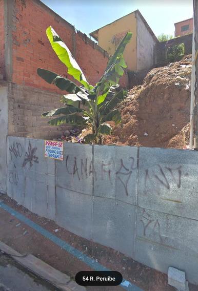 Vende-se Um Terreno Em Embu Das Artes.
