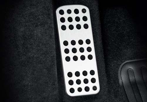 Reposa Pie Aluminio Peugeot 208 Felline 1.6 L 16v